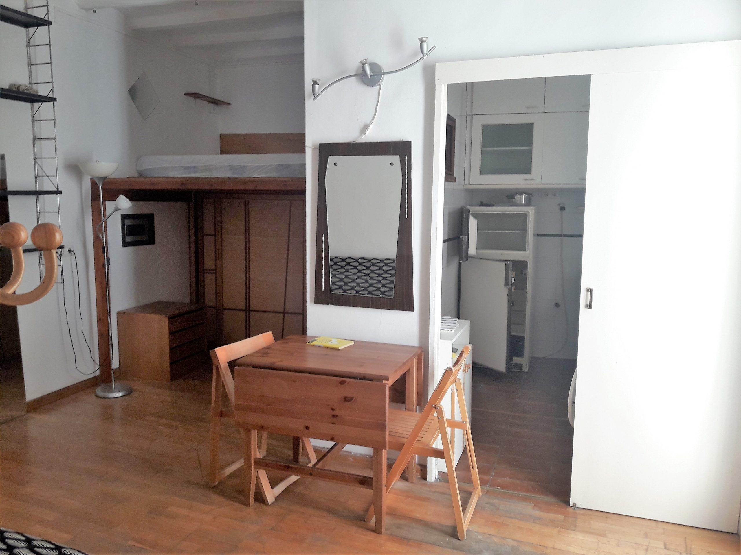 (jb 509) Apartament al centre de Barcelona